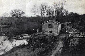 Moulin, biographie